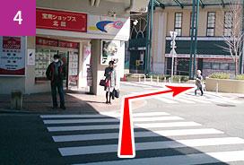 阪急宝塚南口駅前交差点